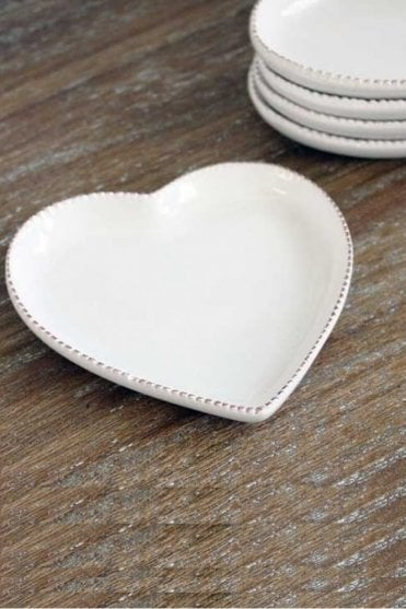 Small Antique White Heart Plate