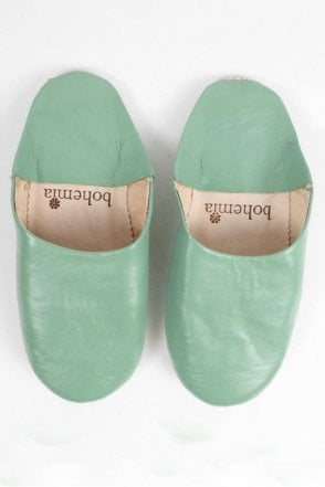 Moroccan Babouche Basic Slippers in Sage