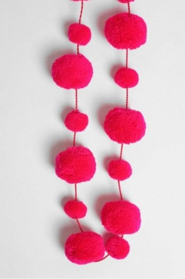 Pom Pom Garland in Acid Pink