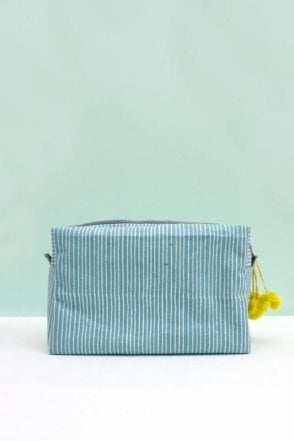 Stripe Wash bag in Blue