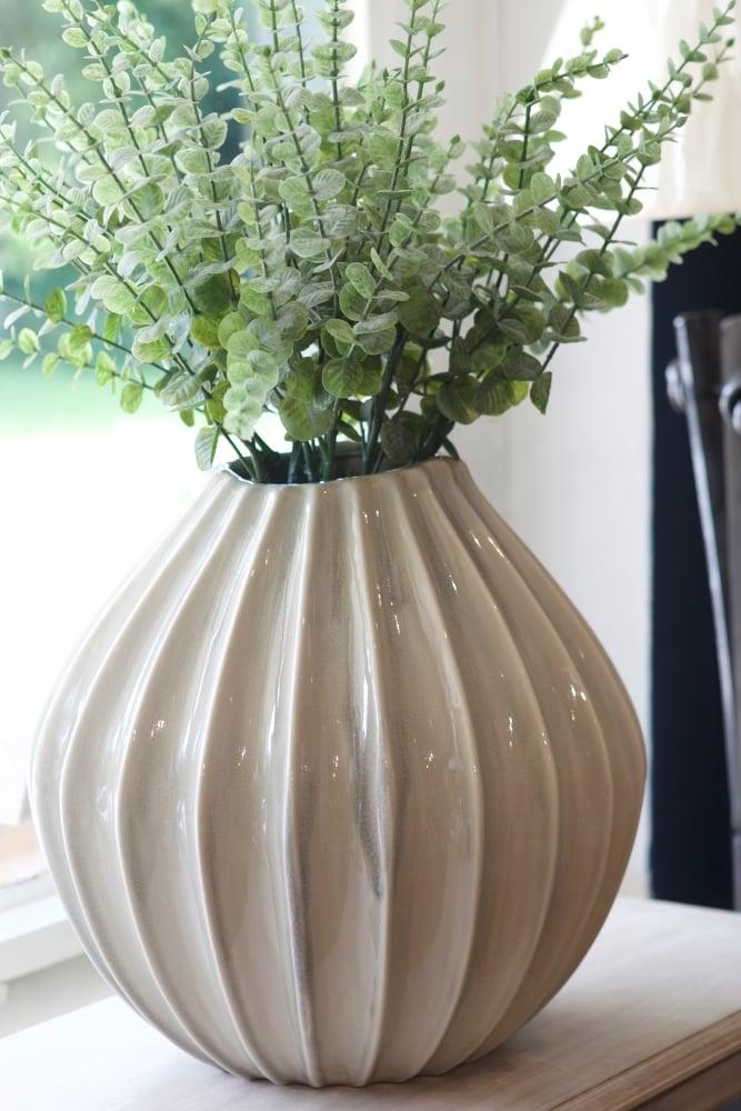 broste copenhagen wide vase xl at sue parkinson. Black Bedroom Furniture Sets. Home Design Ideas