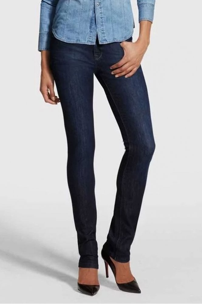 DL1961 Coco Curvy Straight Jean in Solo