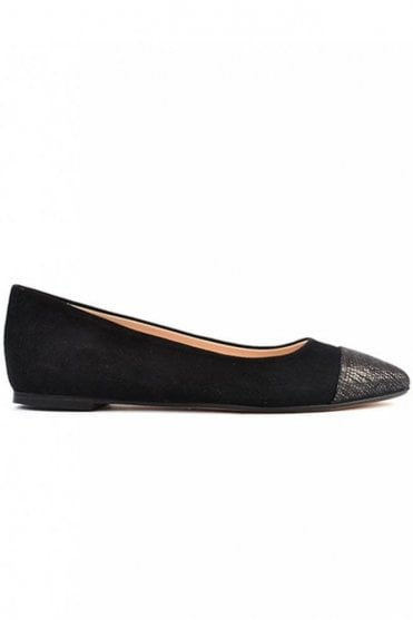 Tip Toe Black Pointed Flat