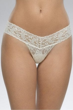 Signature Lace Low Rise Thong in Ivory