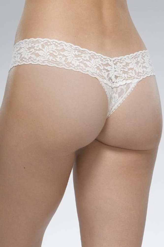 d930c7c44 Hanky Panky Signature Lace Low Rise Thong in Ivory at Sue Parkinson