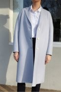 Harris Wharf London Wool Sing-Breasted Overcoat in Ice Grey