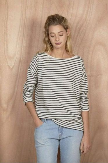 Carlotta Tee-Shirt in Ecru/Charcoal
