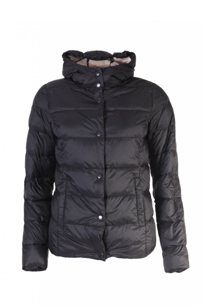 Ilse Jacobsen Air 04 Down Jacket With Hood in Black