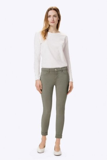 Anja Luxe Sateen Clean Cuffed Crop in Castor Grey