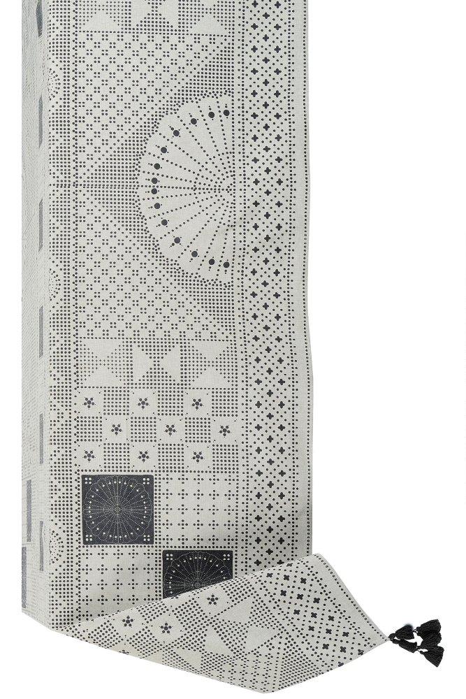 jardin d 39 ulysse eclectic rectangular tablecloth at sue parkinson. Black Bedroom Furniture Sets. Home Design Ideas