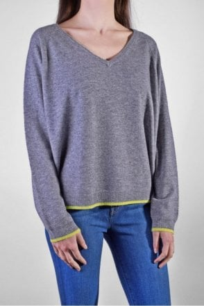 Tipped V-Neck Cashmere Sweater in Mid Grey/Yellow