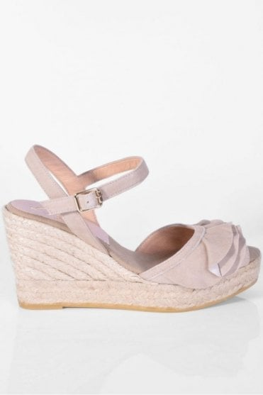 Viena Taupe Wedge Sandal