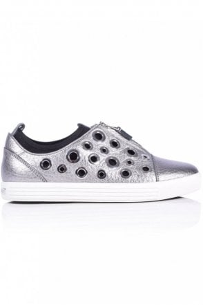 Town Metallic Eyelet Trainer in Gunmetal