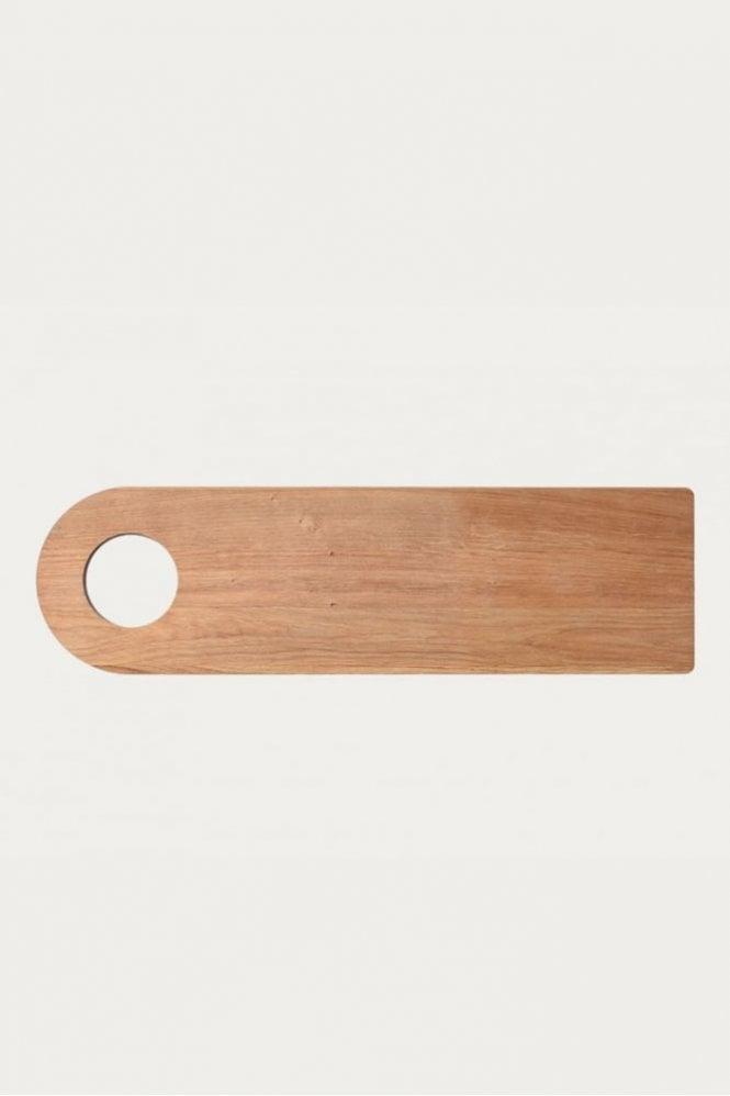Linum Cut Cutting Board in Oak