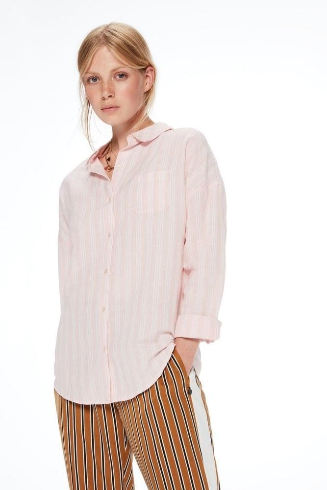 793951b75a9 Maison Scotch Relaxed Linen Shirt at Sue Parkinson
