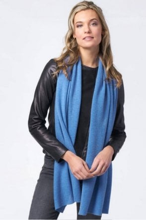Basic Cashmere Scarf in Blue