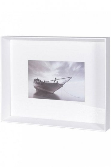 Box Frame for One Picture in White