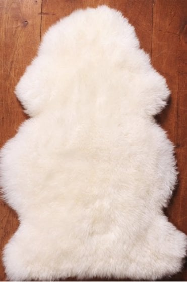 Long wool Sheep Rug in Medium