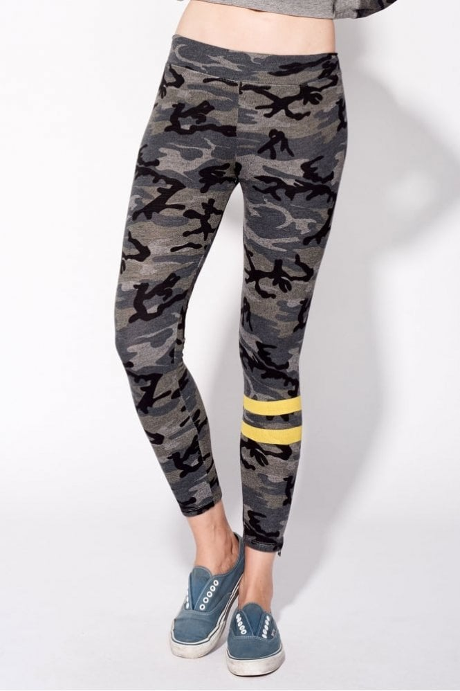 Sundry Camo Zipper Yoga Pant in Camo Grey