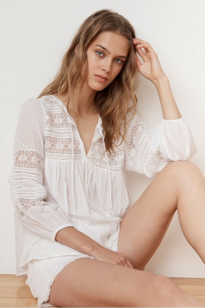 Velvet by Graham & Spencer Evie Cotton Lace Peasant Top in White