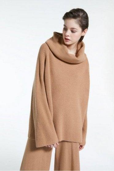 Biblios Wool Yarn Pullover in Camel