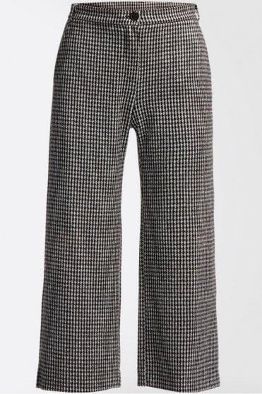 Piero Jacquard Jersey Trousers in Black