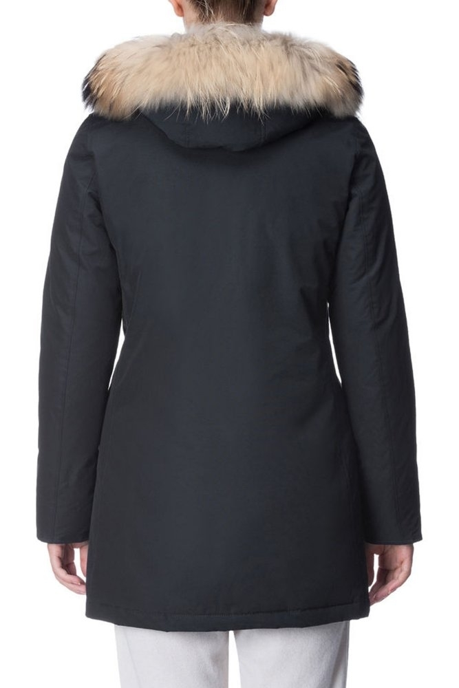 woolrich w 39 s arctic parka df in dark navy at sue parkinson. Black Bedroom Furniture Sets. Home Design Ideas